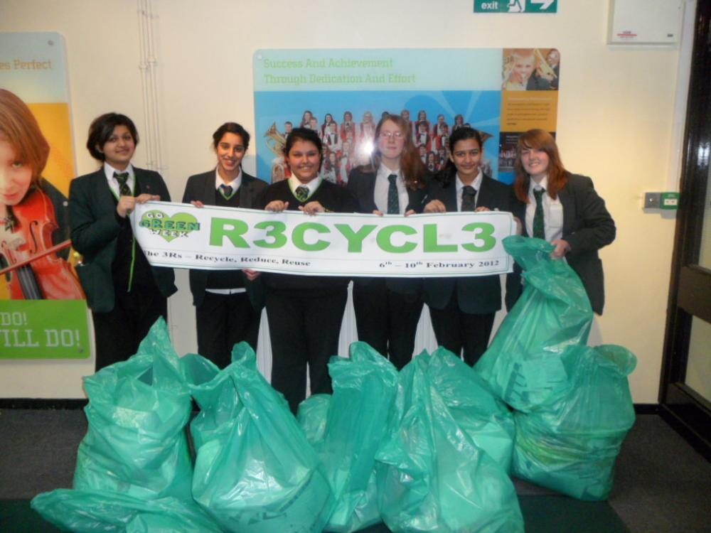 Students at Wardle High lead recycling campaign